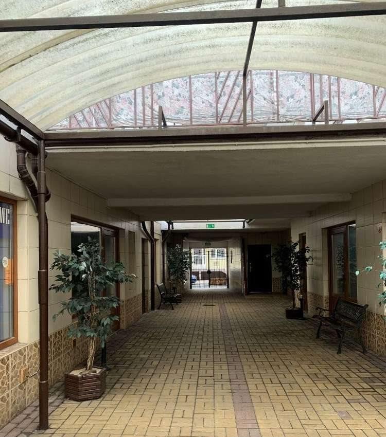 Lokal użytkowy na sprzedaż Pleszew  650m2 Foto 3