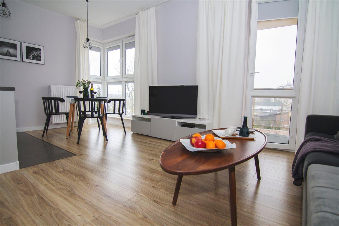 Mieszkanie trzypokojowe na wynajem Ostróda, Sowińskiego 3  51m2 Foto 1