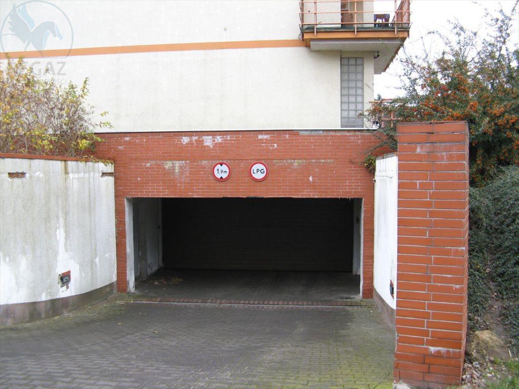 Garaż na wynajem Poznań, Nowe Miasto, Ul. Rataje  16m2 Foto 4