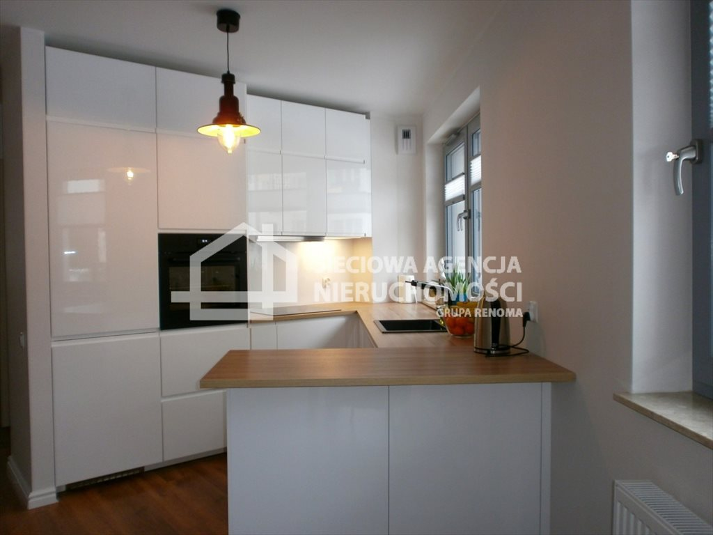 Mieszkanie dwupokojowe na wynajem Gdynia, Obłuże, Benisławskiego  45m2 Foto 1