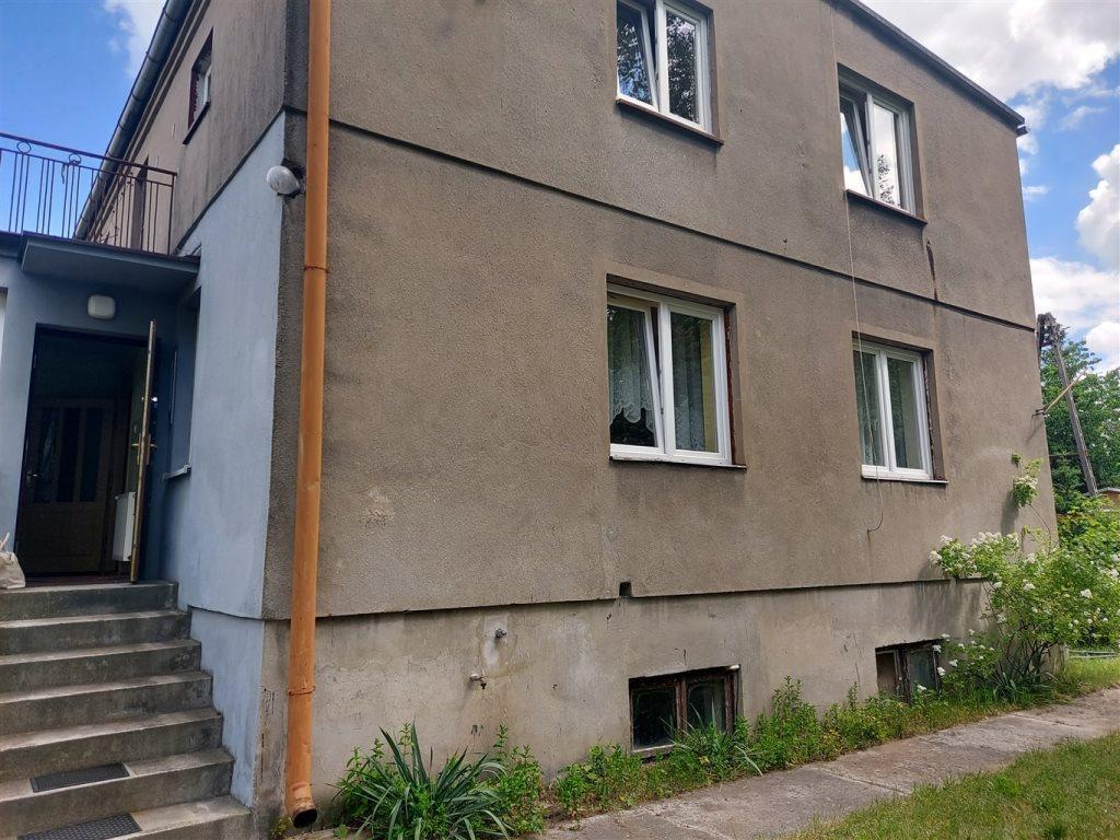 Dom na sprzedaż Łask  200m2 Foto 1