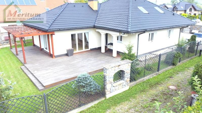 Dom na sprzedaż Nowy Sącz  174m2 Foto 1