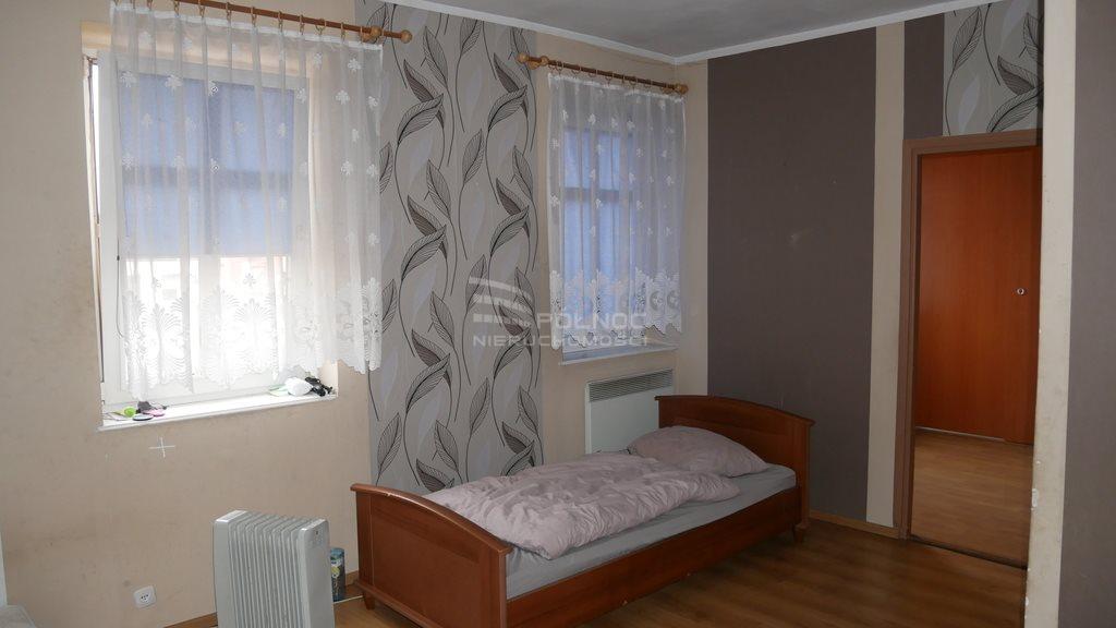 Mieszkanie dwupokojowe na sprzedaż Bolesławiec, rynek Rynek  43m2 Foto 2