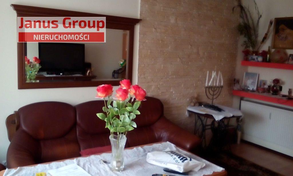 Dom na sprzedaż Bełchatów  210m2 Foto 1