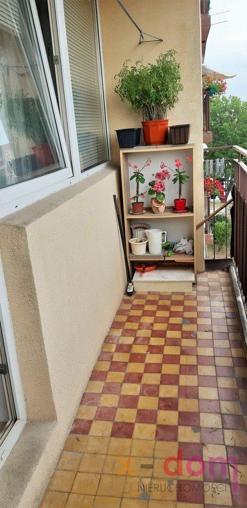 Mieszkanie trzypokojowe na sprzedaż Kielce, Os. Świętokrzyskie  70m2 Foto 3