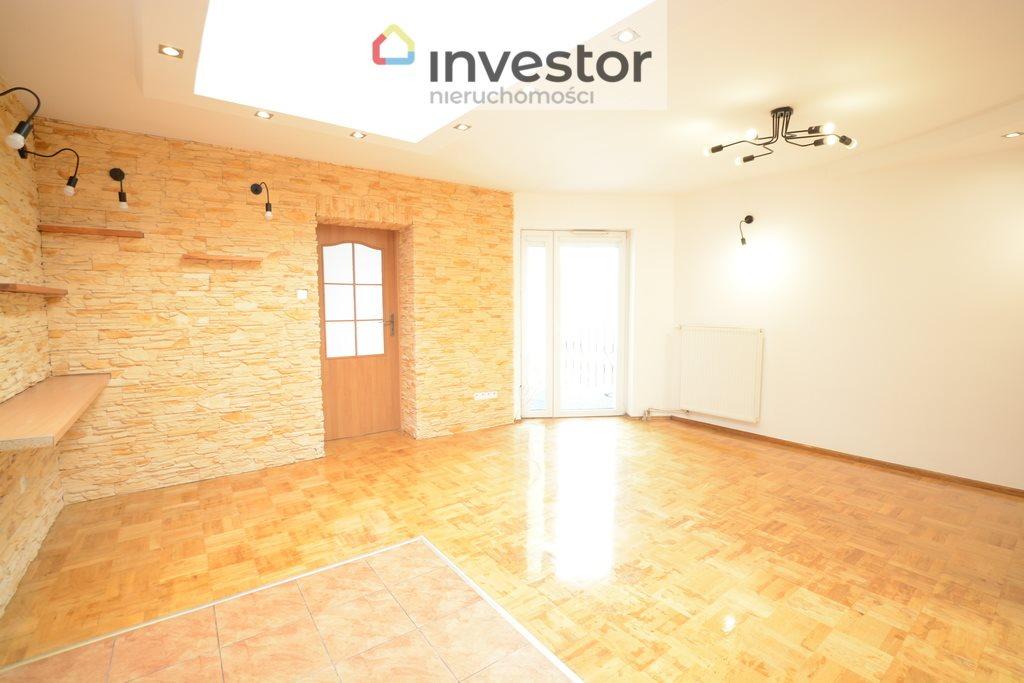 Mieszkanie trzypokojowe na sprzedaż Kluczbork  66m2 Foto 2