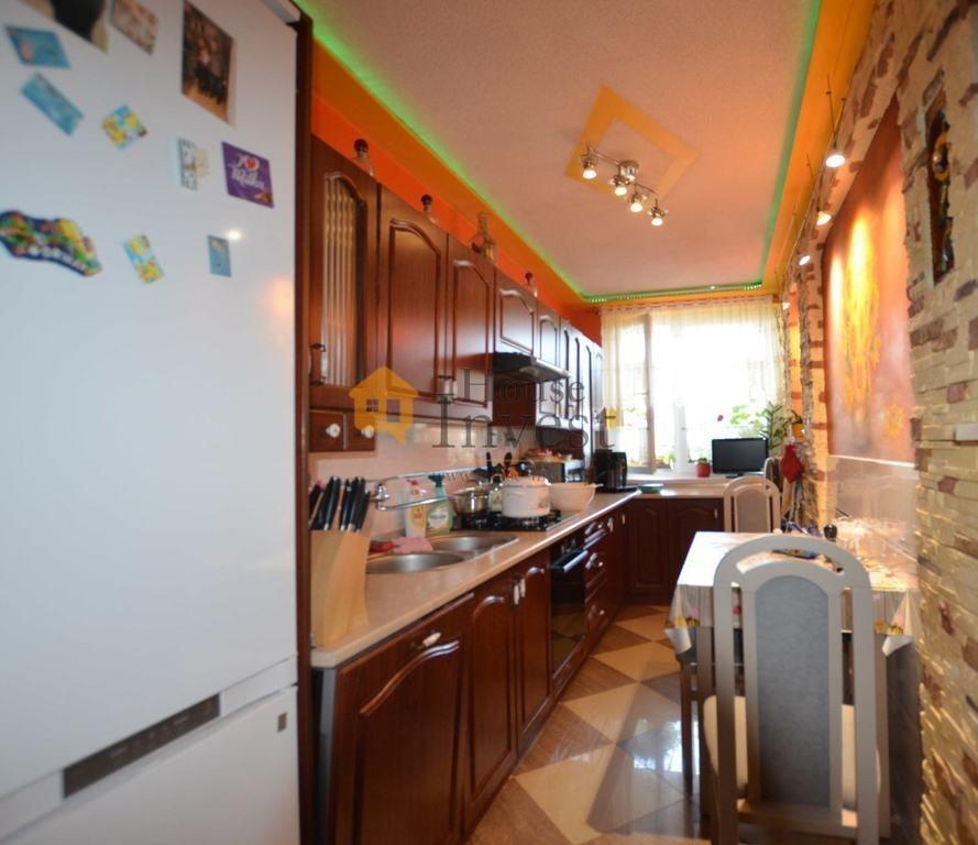Mieszkanie czteropokojowe  na sprzedaż Legnica, Kosmiczna  76m2 Foto 8