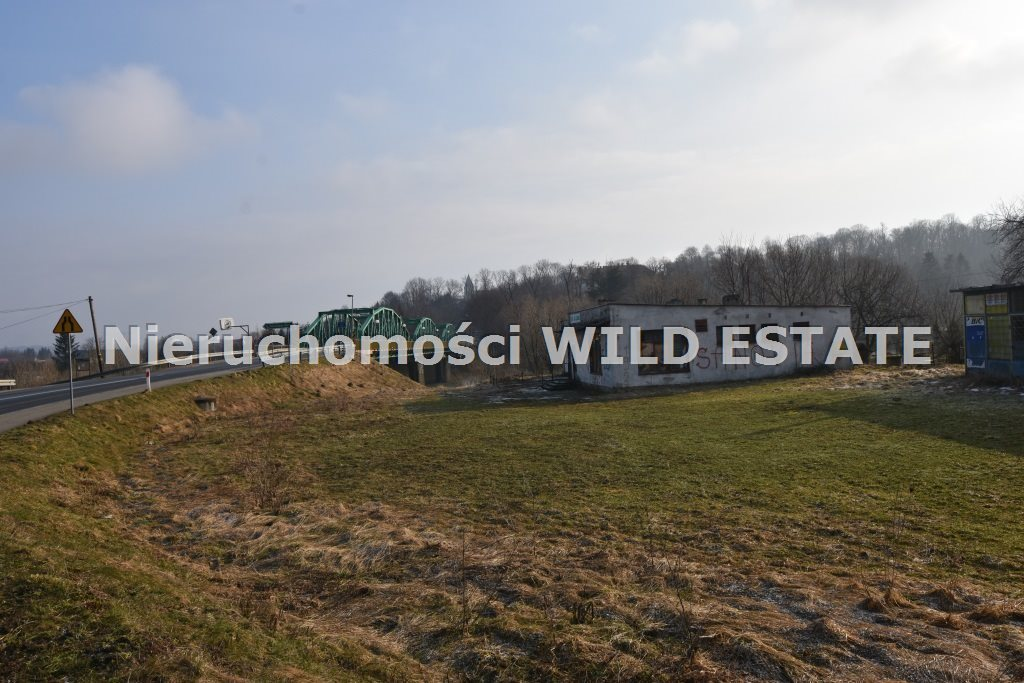 Lokal użytkowy na sprzedaż Lesko, Huzele  340m2 Foto 1
