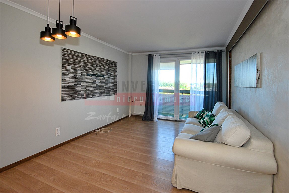Mieszkanie trzypokojowe na sprzedaż Opole, Zaodrze  50m2 Foto 1