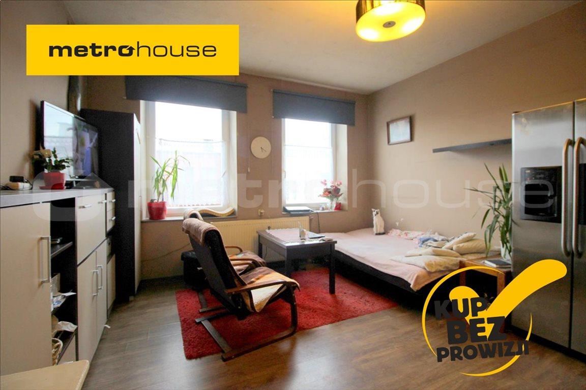 Mieszkanie trzypokojowe na sprzedaż Pabianice, Karniszewice  53m2 Foto 1