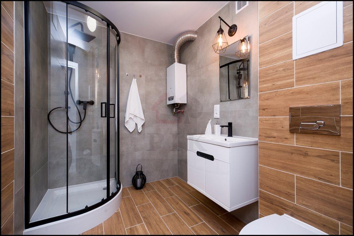 Mieszkanie trzypokojowe na sprzedaż Chorzów, Centrum, Władysława Opolskiego  63m2 Foto 1