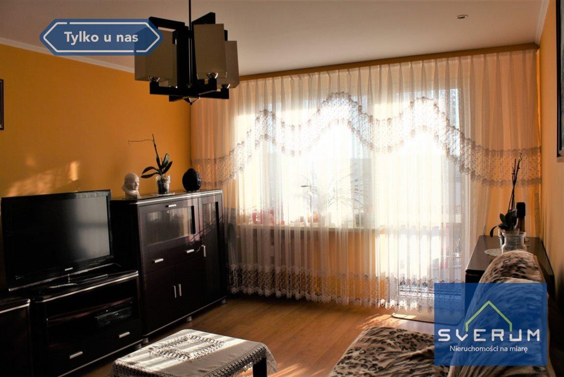 Mieszkanie trzypokojowe na sprzedaż Częstochowa, Wrzosowiak  61m2 Foto 1