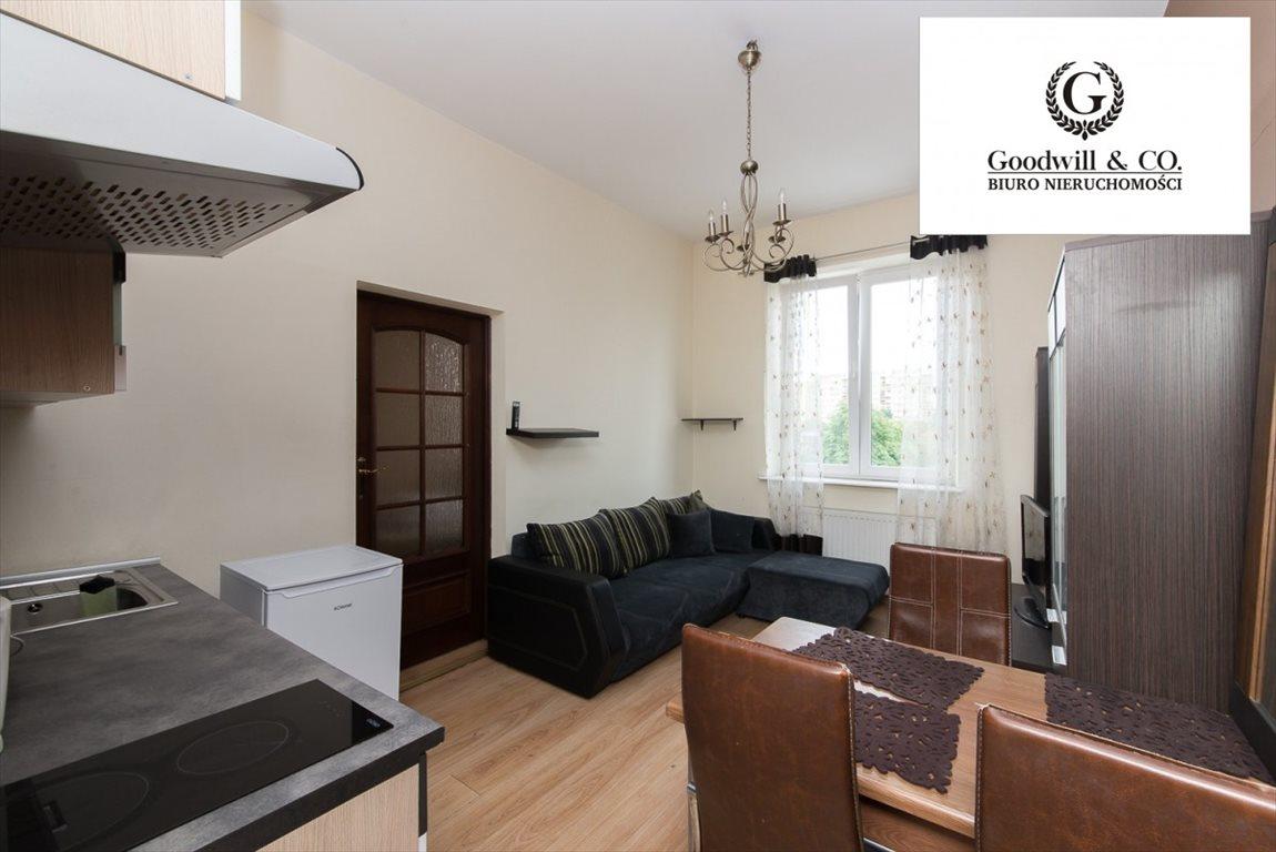 Mieszkanie dwupokojowe na sprzedaż Gdynia, Śródmieście, Kaszubski  30m2 Foto 1