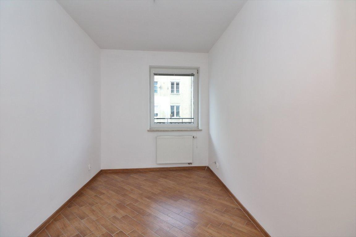 Mieszkanie czteropokojowe  na sprzedaż Warszawa  72m2 Foto 8