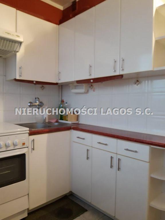 Mieszkanie trzypokojowe na sprzedaż Tarnów, Centrum  47m2 Foto 1