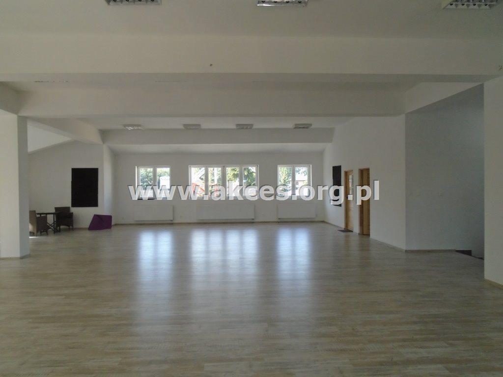 Lokal użytkowy na sprzedaż Wołomin, Centrum  680m2 Foto 1