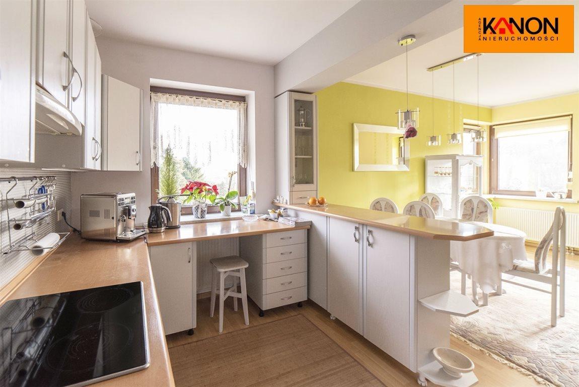 Mieszkanie czteropokojowe  na sprzedaż Bielsko-Biała, Kamienica  102m2 Foto 3