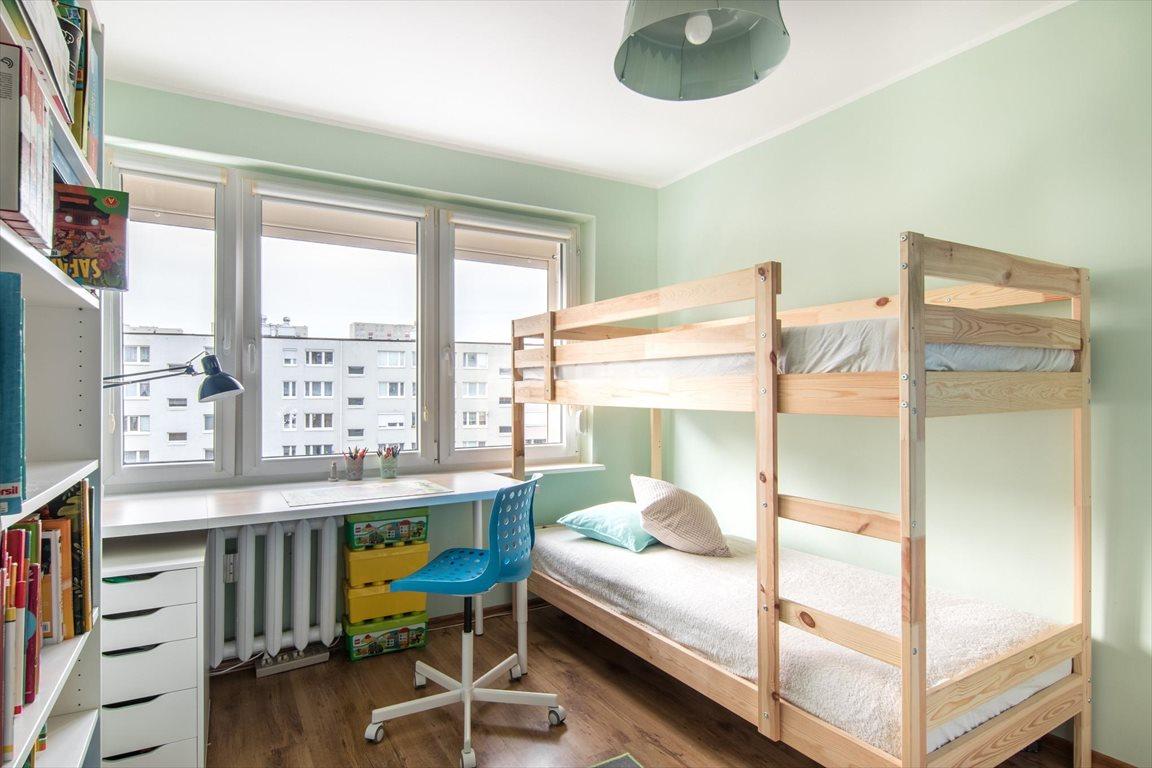 Mieszkanie czteropokojowe  na sprzedaż Poznań, Winogrady, Os. Zwycięstwa  65m2 Foto 4