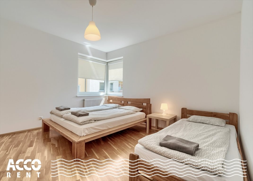 Mieszkanie czteropokojowe  na wynajem Gdynia, Karwiny, Parkowa  105m2 Foto 2