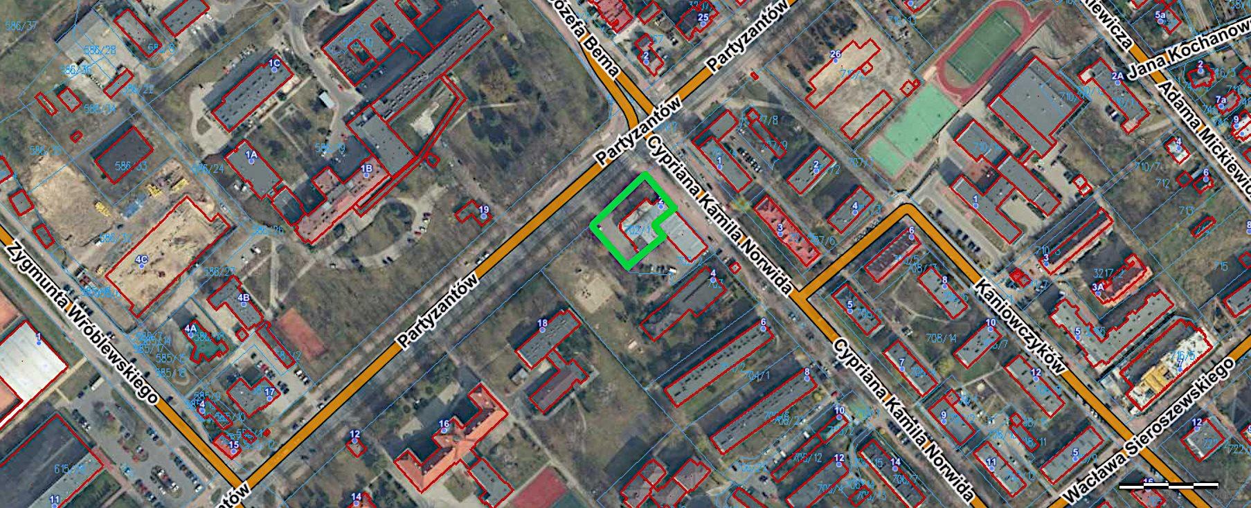 Lokal użytkowy na sprzedaż Puławy, Partyzantów  685m2 Foto 1