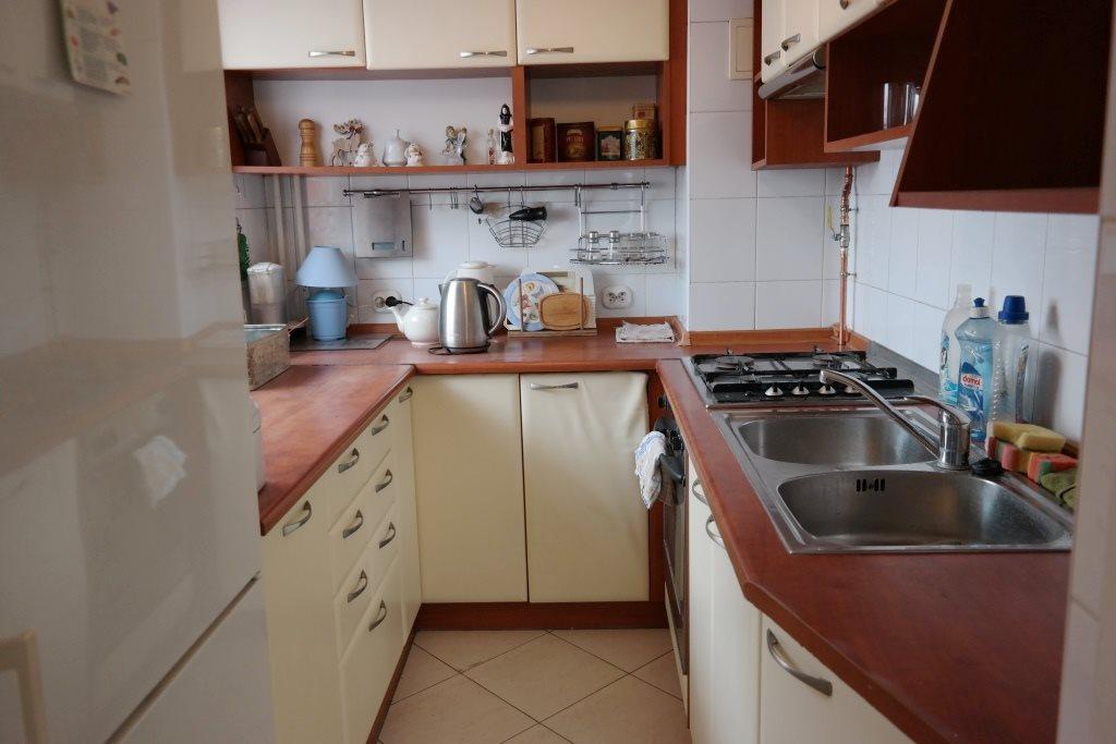 Mieszkanie dwupokojowe na wynajem Zabrze, Kowalska  48m2 Foto 1