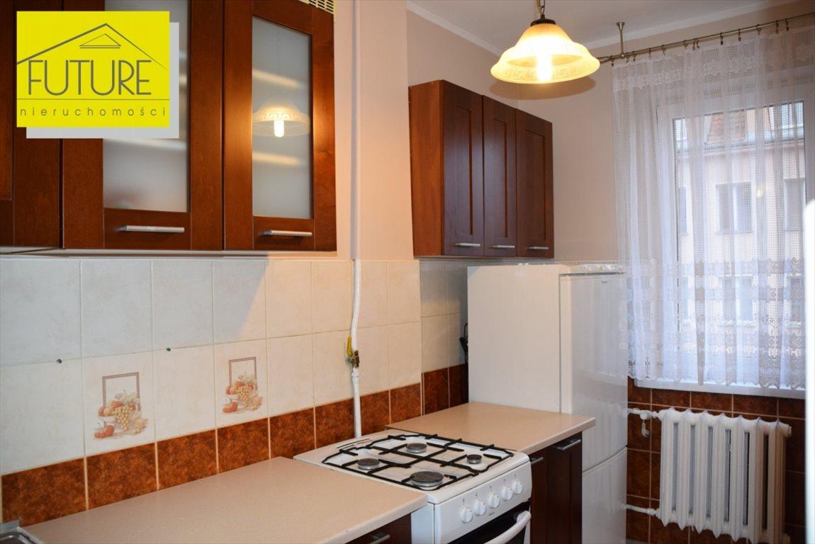 Mieszkanie dwupokojowe na sprzedaż Elbląg, 1 Maja  35m2 Foto 1