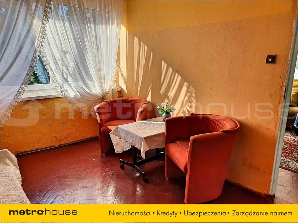 Mieszkanie dwupokojowe na sprzedaż Międzybórz, Międzybórz, Rynek  43m2 Foto 3