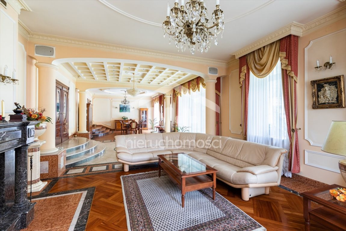 Dom na wynajem Izabelin C, Jana Karola Chodkiewicza  750m2 Foto 1