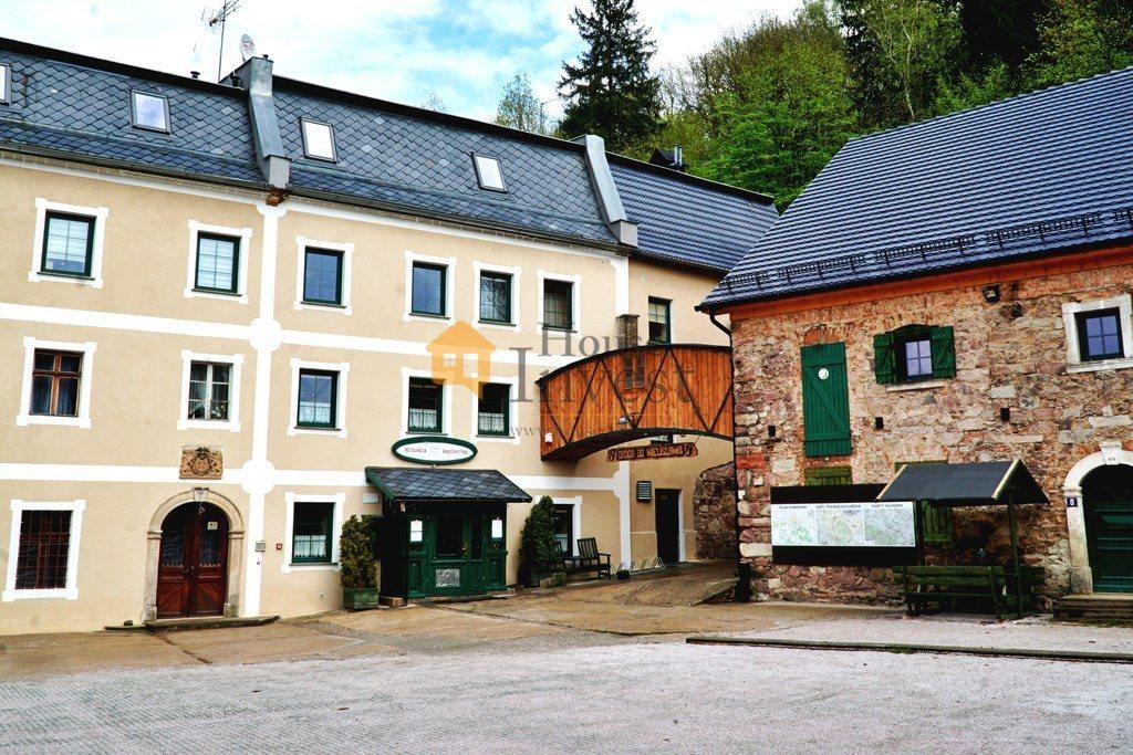 Lokal użytkowy na sprzedaż Sędziszowa  1571m2 Foto 1
