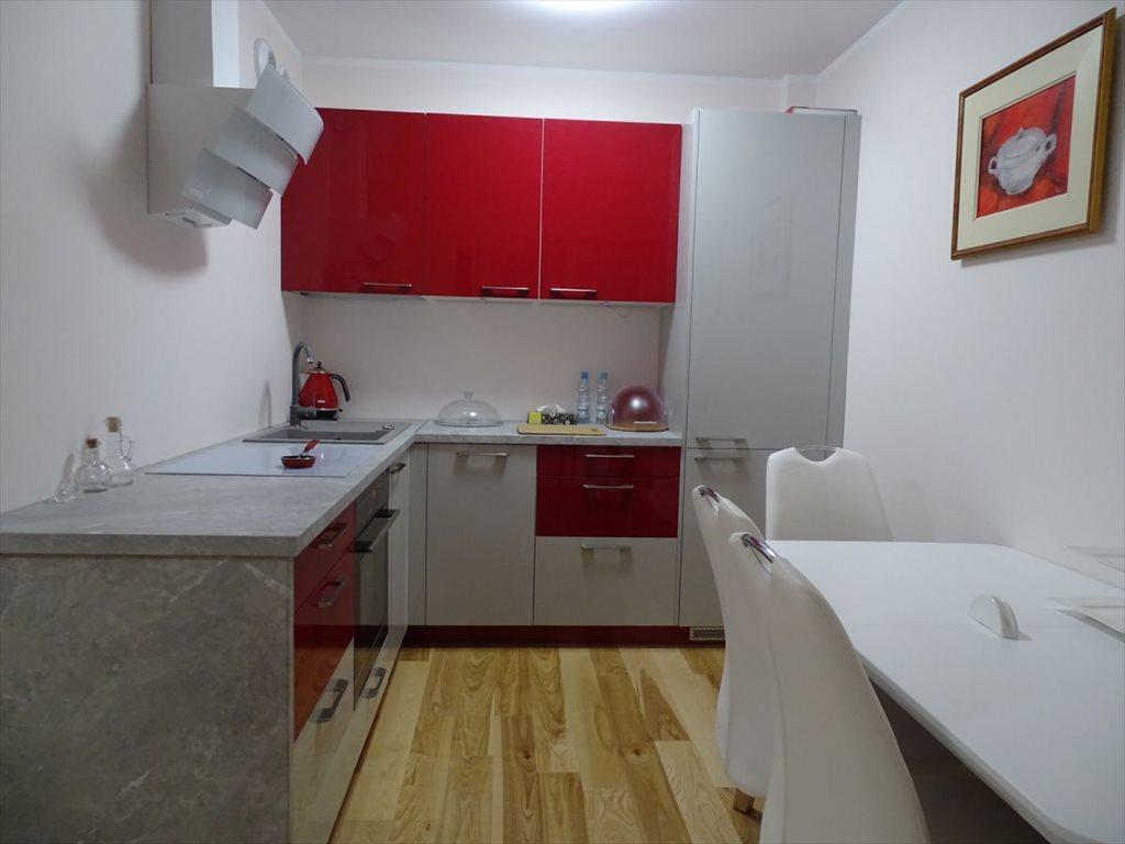 Dom na wynajem Świdnik  33m2 Foto 1