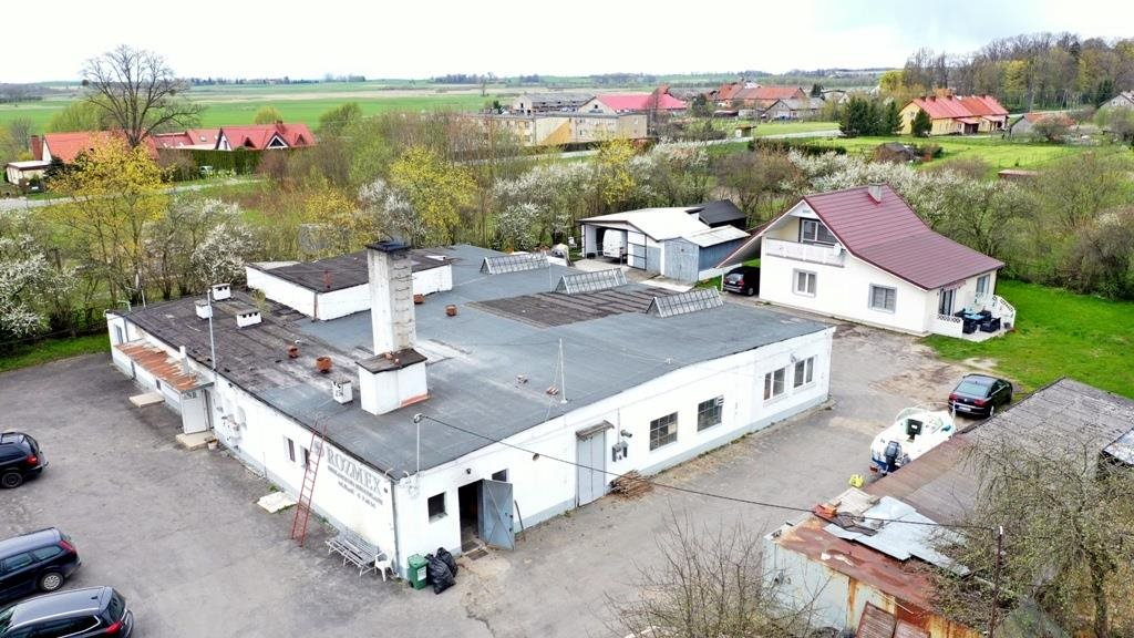 Lokal użytkowy na sprzedaż Maćki  850m2 Foto 1
