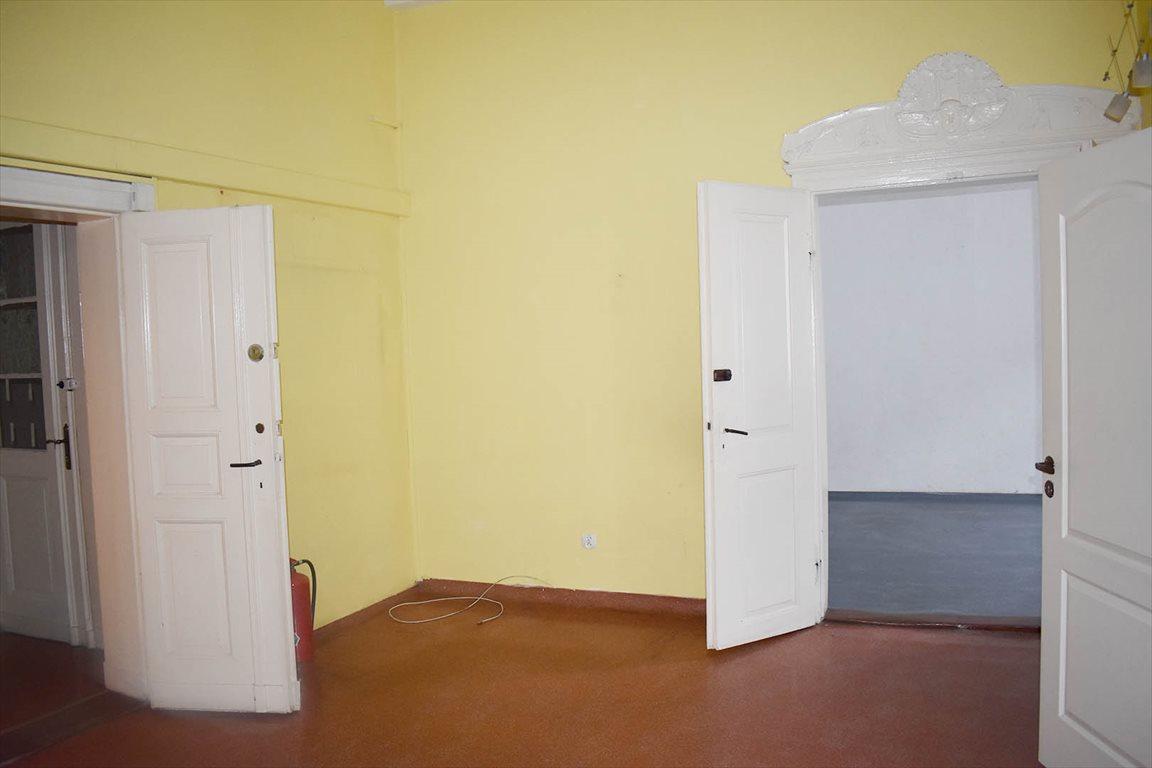 Mieszkanie czteropokojowe  na wynajem Toruń, Stare Miasto  85m2 Foto 1