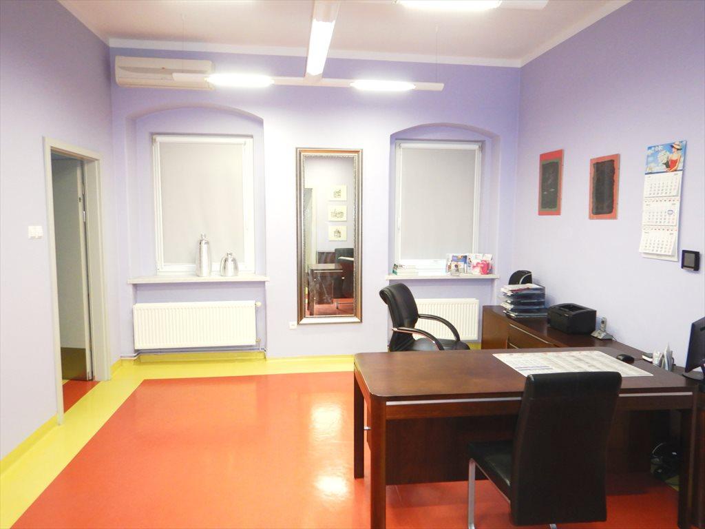 Lokal użytkowy na sprzedaż Lubań, Plac Okrzei  95m2 Foto 2