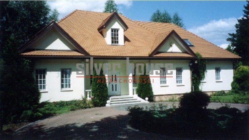 Dom na sprzedaż Bielawa  380m2 Foto 1