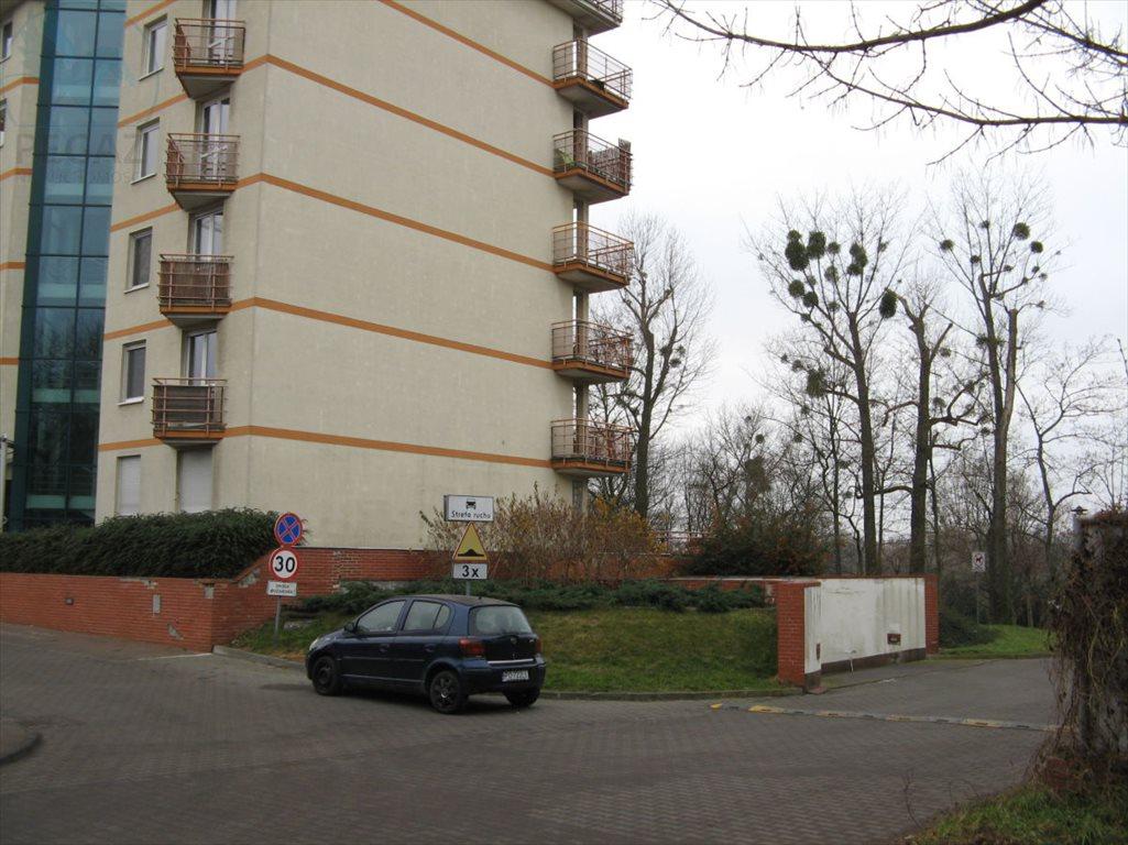 Garaż na wynajem Poznań, Nowe Miasto, Ul. Rataje  16m2 Foto 3