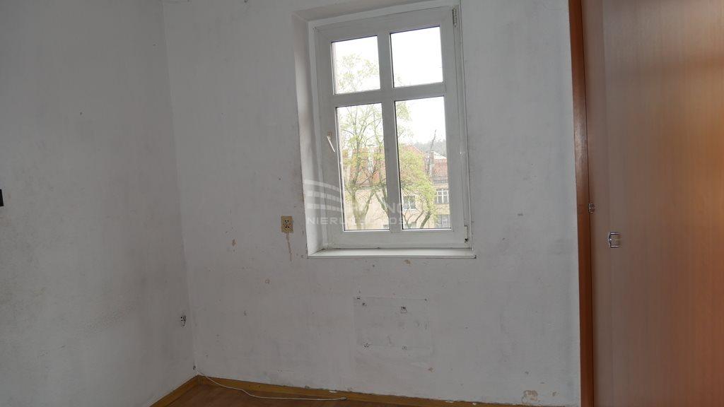 Mieszkanie dwupokojowe na sprzedaż Bolesławiec, rynek Rynek  43m2 Foto 5