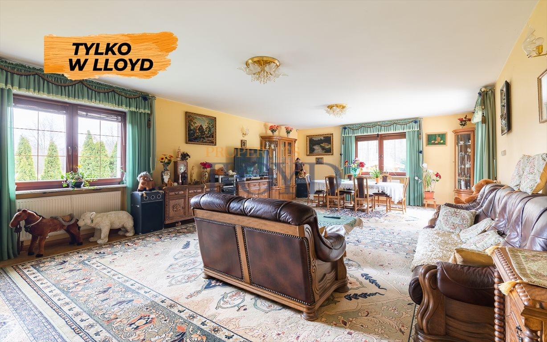Dom na sprzedaż Kajetany, Rolna  200m2 Foto 1
