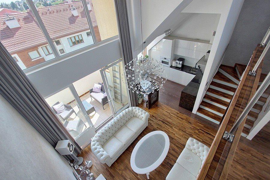 Mieszkanie czteropokojowe  na sprzedaż Bezrzecze  90m2 Foto 1