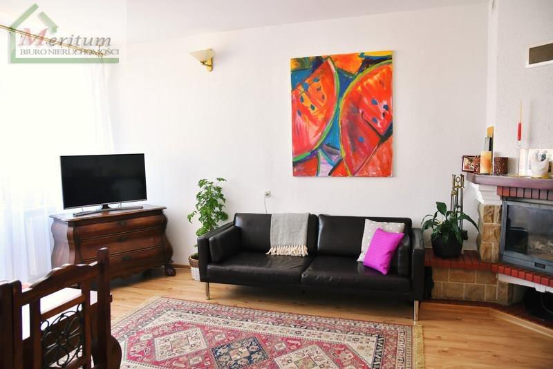 Mieszkanie trzypokojowe na sprzedaż Krosno, Krosno  73m2 Foto 1