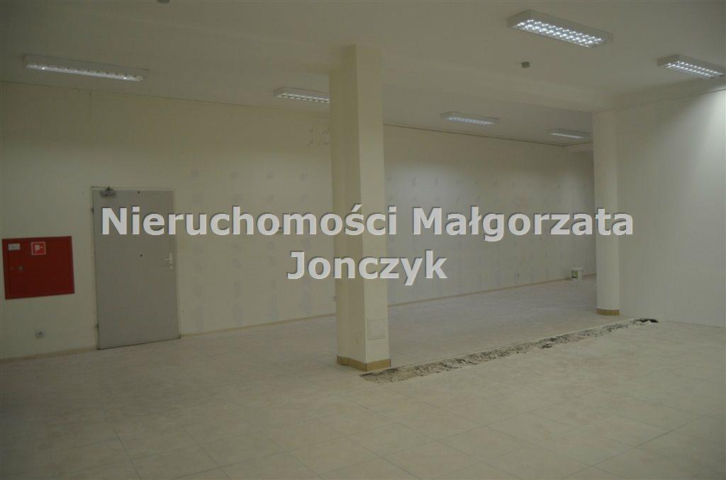 Lokal użytkowy na wynajem Zduńska Wola  120m2 Foto 2