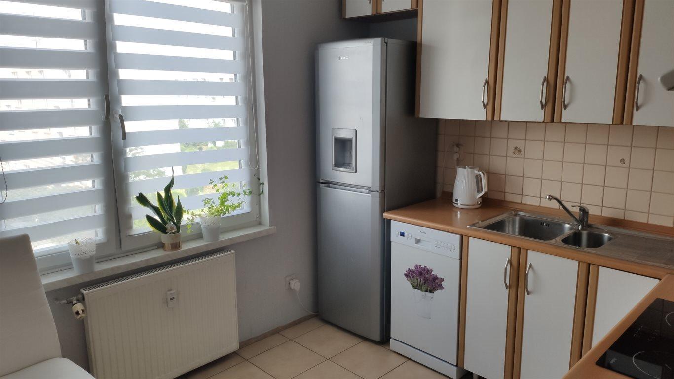 Mieszkanie dwupokojowe na sprzedaż Świebodzice, Osiedle Piastowskie  51m2 Foto 2