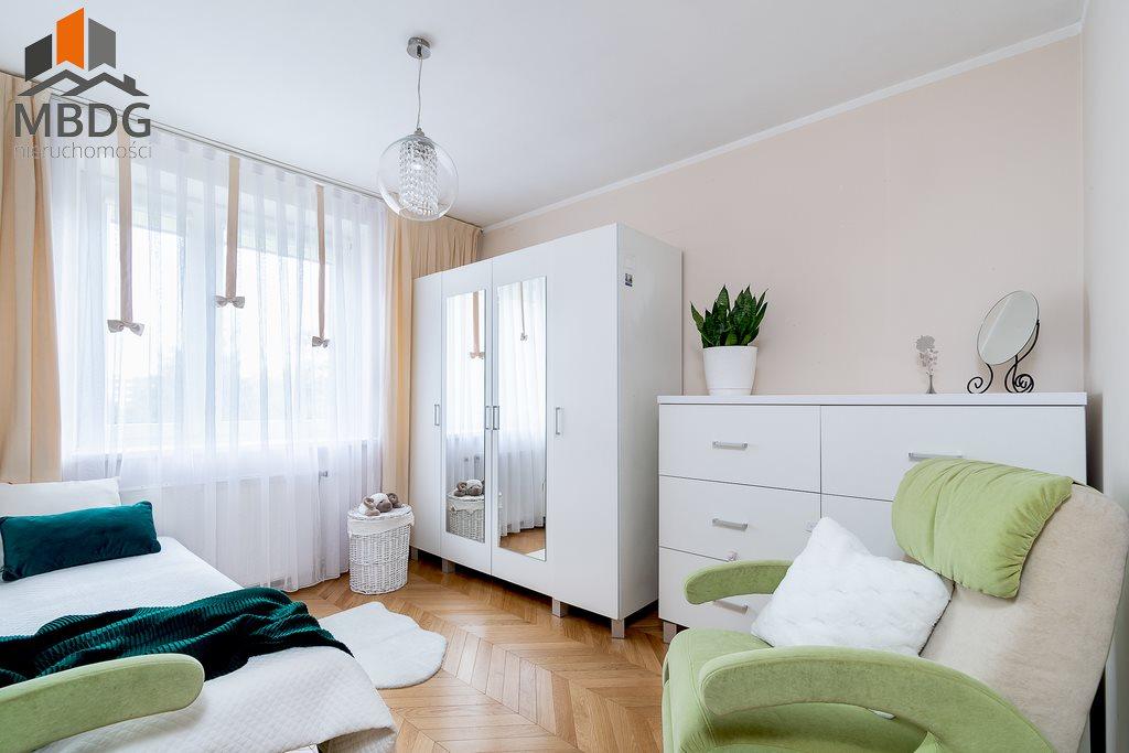 Mieszkanie trzypokojowe na sprzedaż Kraków, Nowa Huta, Nowohucka  65m2 Foto 3