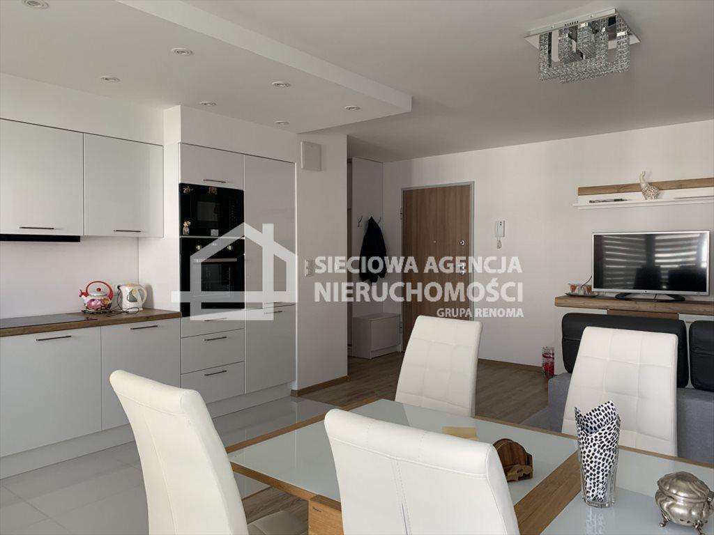Mieszkanie trzypokojowe na sprzedaż Gdynia, Chwarzno-Wiczlino, gen. Mariusza Zaruskiego  68m2 Foto 2