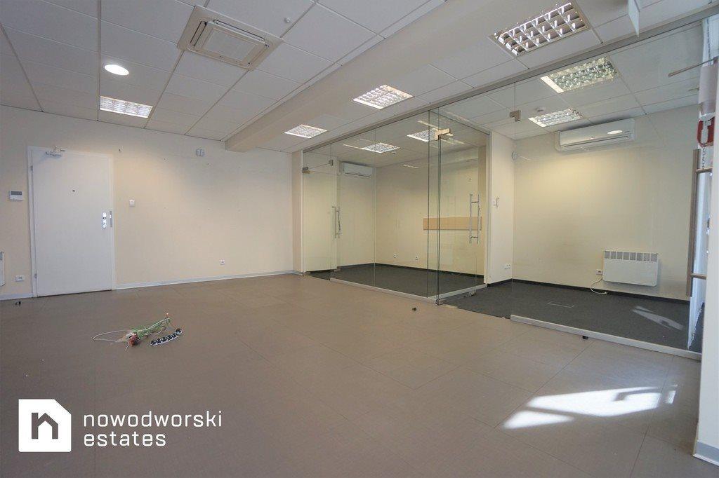 Lokal użytkowy na wynajem Nowy Sącz, Barskie, Lwowska  73m2 Foto 1