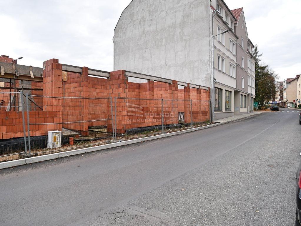Działka budowlana na sprzedaż Nowogrodziec, 1 Maja  700m2 Foto 4
