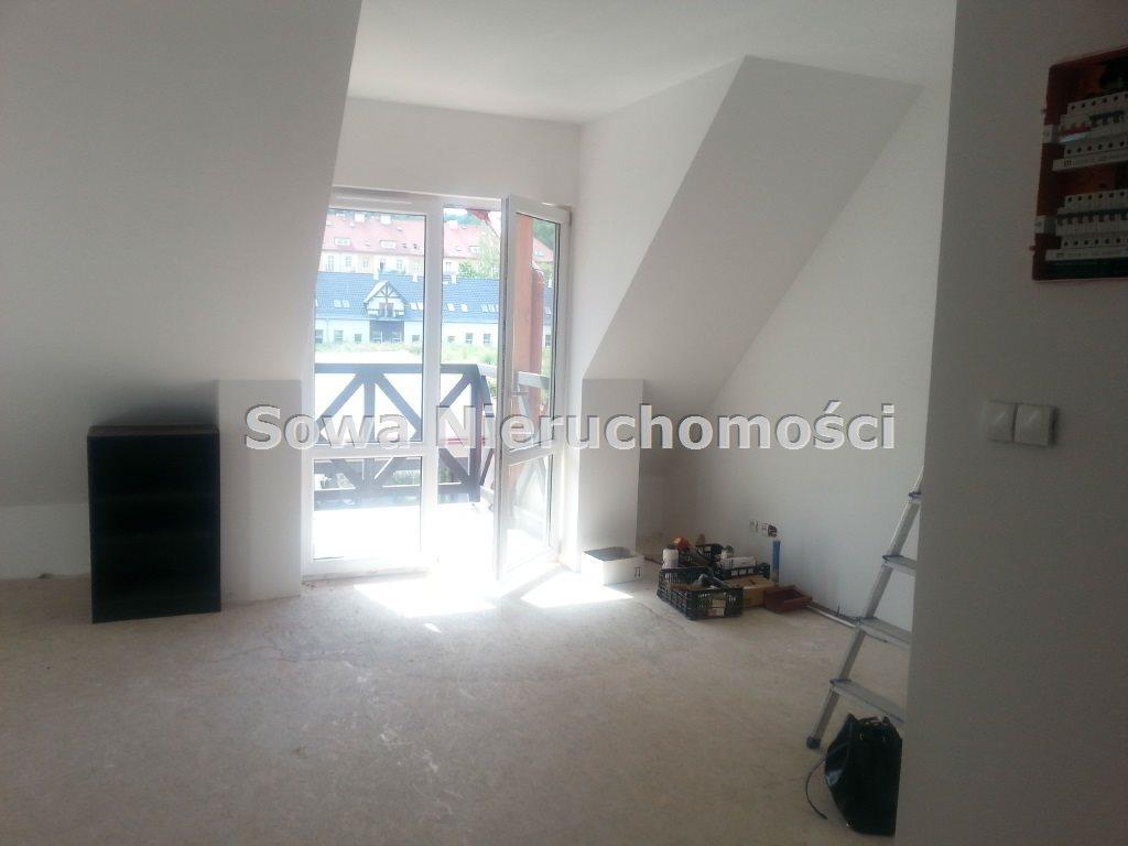 Mieszkanie trzypokojowe na sprzedaż Jelenia Góra, Śródmieście  74m2 Foto 1