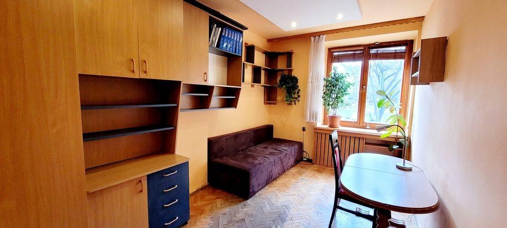 Mieszkanie trzypokojowe na sprzedaż Kraków, Nowa Huta, os. Teatralne  60m2 Foto 2