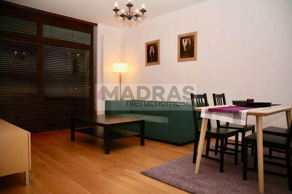 Mieszkanie trzypokojowe na wynajem Warszawa, Wilanów, Sarmacka  70m2 Foto 1