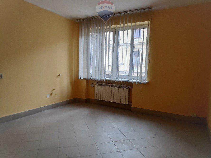 Lokal użytkowy na wynajem Nowy Targ  20m2 Foto 1