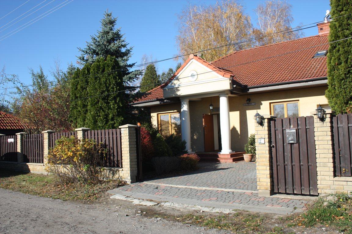 Dom na sprzedaż Bobrowiec  220m2 Foto 1